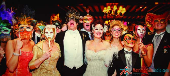 5 Spooky Halloween Wedding Ideas For The Daring Couples